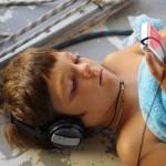 Bruno und der iPod. Unzertrennlich.