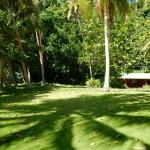 Ein kleines, verlassenes Resort im Hintergrund